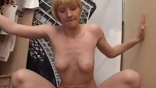 Sexy gorgeous hottie gets juicy cunt fucked with massive dick